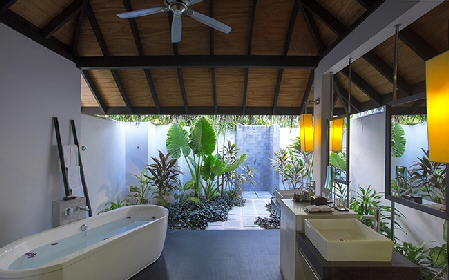 Beach Villa with Pool Bathroom